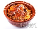 Рецепта Печено копривщенско гювече с пилешки дреболии (дробчета, сърца), бяло месо и доматено пюре по селски на фурна